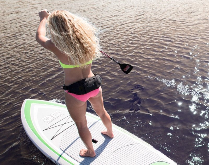 How to turn a paddleboard